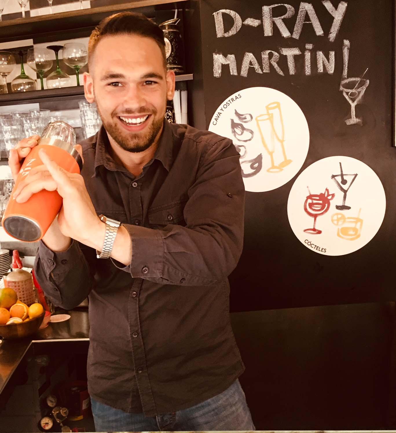 Chico Bar, tu restaurante de tapas en Barcelona, te presenta a su equipo. Esta semana te presentamos a Emanuele Soave.